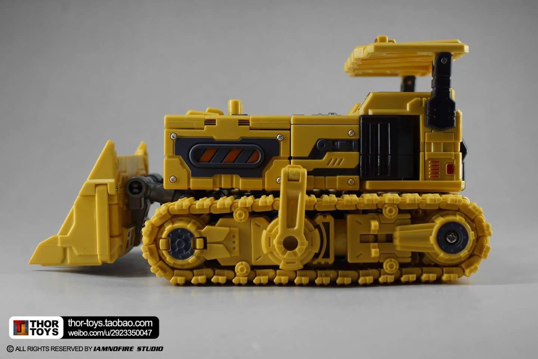 [Toyworld] Produit Tiers - Jouet TW-C Constructor aka Devastator/Dévastateur (Version vert G1 et jaune G2) - Page 8 T5x5cH6O