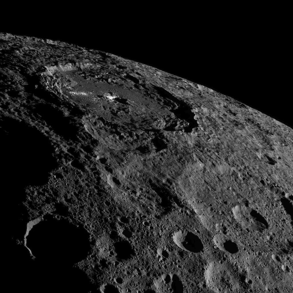 Mission Dawn/Ceres - Page 4 MOz36LIO