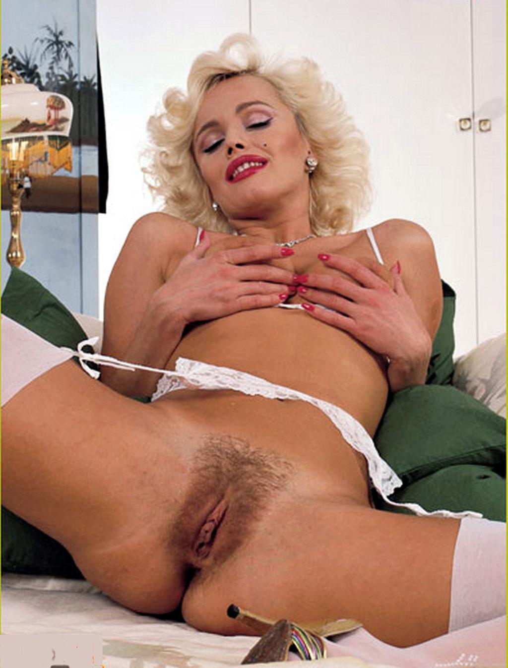 Maribeth Monroe Nudes