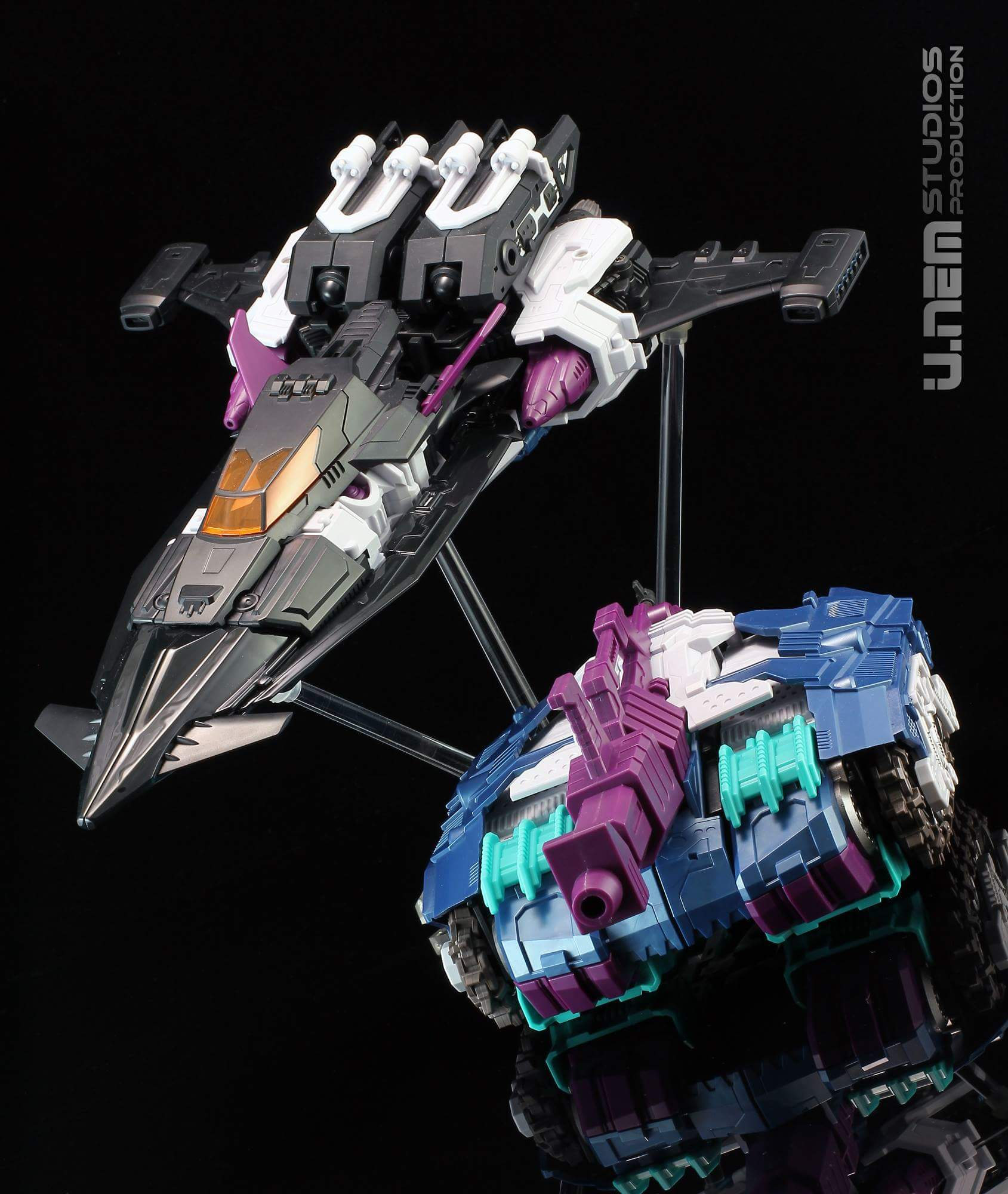 [Mastermind Creations] Produit Tiers - R-17 Carnifex - aka Overlord (TF Masterforce) - Page 3 EL91M05Y