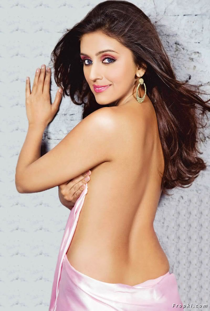 Bollywood Actress Semi Nude