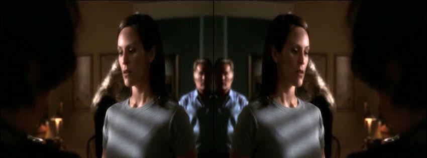 1999 À la maison blanche (1999) (TV Series) IkWDrjNT