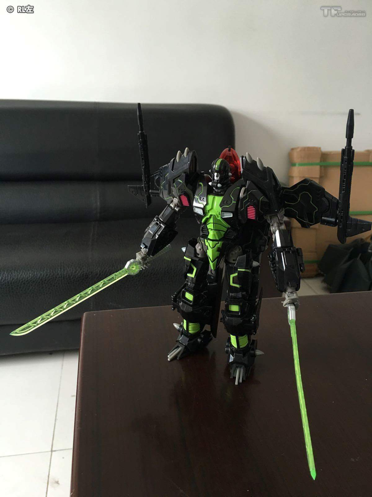 [Mastermind Creations] Produit Tiers - R-15 Jaegertron - aka Lockdown des BD IDW - Page 2 JtXw0tY3