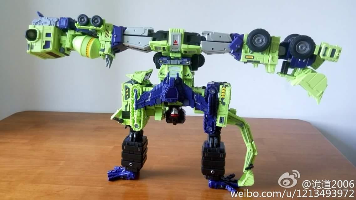 [Toyworld] Produit Tiers - Jouet TW-C Constructor aka Devastator/Dévastateur (Version vert G1 et jaune G2) - Page 7 S6DPBdNd