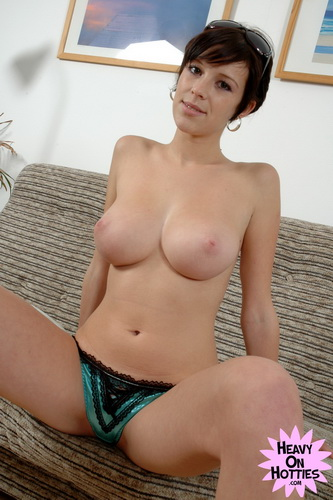 HeavyOnHotties.com - Nicol - Waste of Time