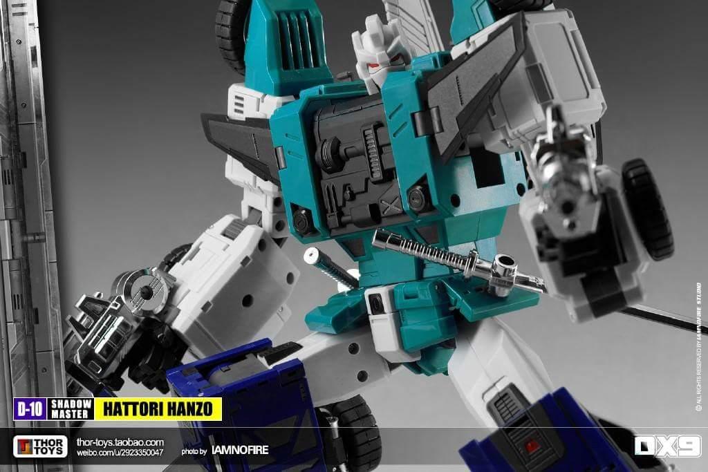 [DX9 Toys] Produit Tiers - Jouet D10 Hanzo - aka Sixshot/Hexabot - Page 2 XHBagiR0