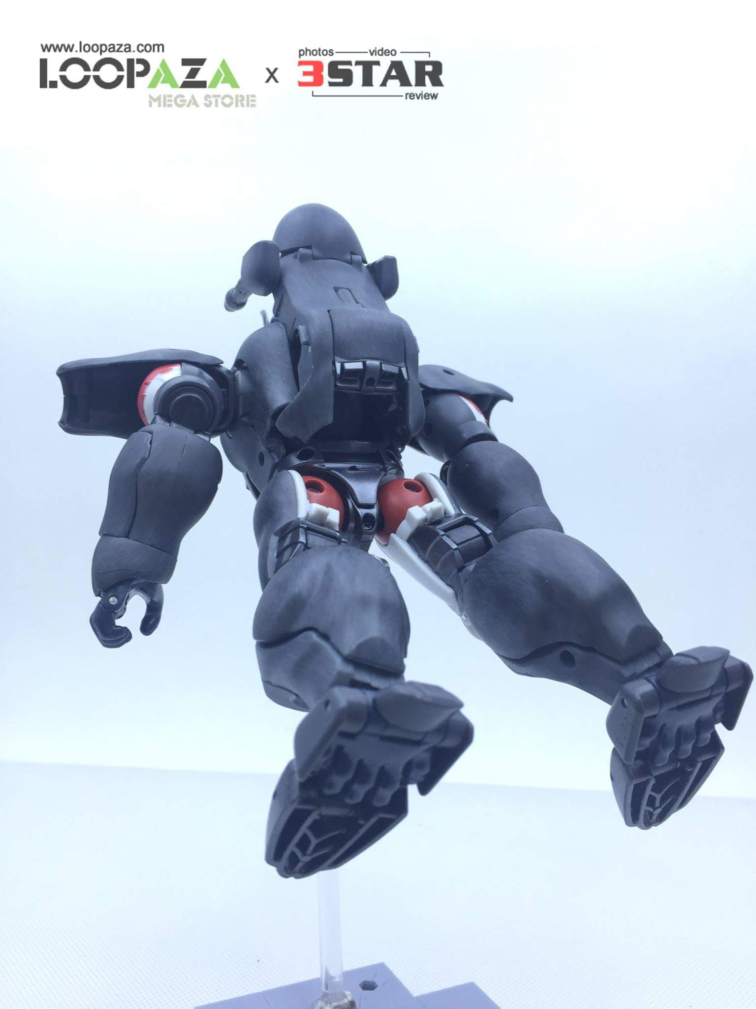 [Masterpiece] MP-32, MP-38 Optimus Primal et MP-38+ Burning Convoy (Beast Wars) - Page 3 UQeLA0p3