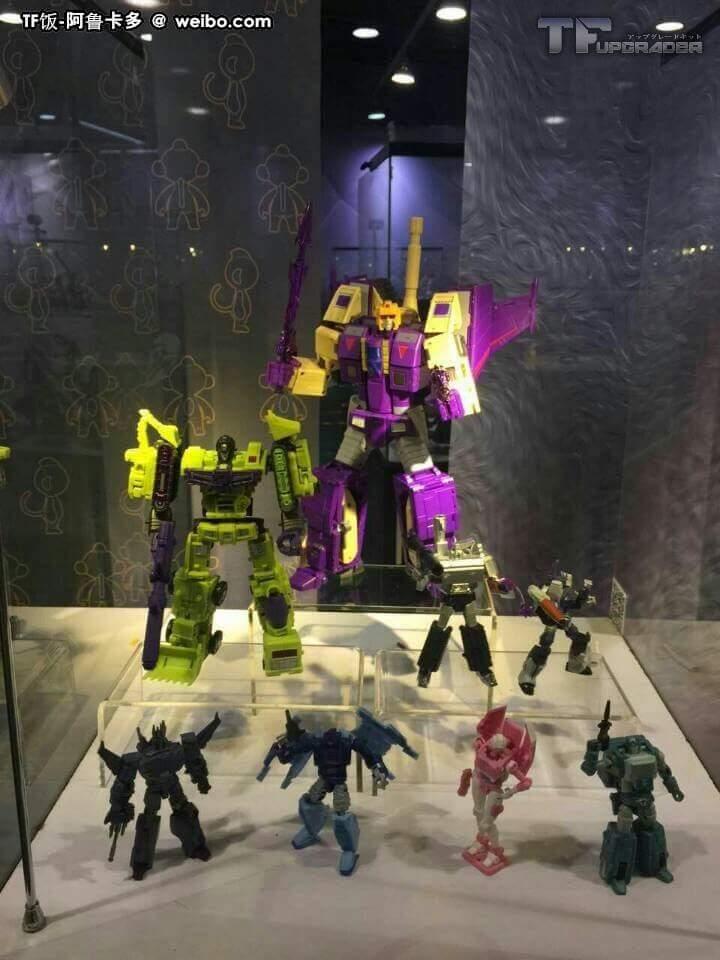 [DX9 Toys] Produit Tiers D-08 Gewalt - aka Blitzwing/Le Blitz IIFtCr8a