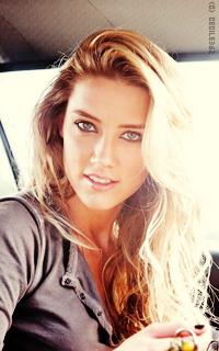 Amber Heard • 200x320 LT5dmRNE