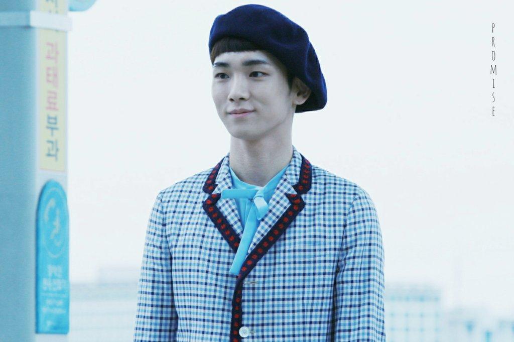 [IMG/160715] Jonghyun, Key @ Aeropuerto Incheon hacia Japón. GgZ5FQWk