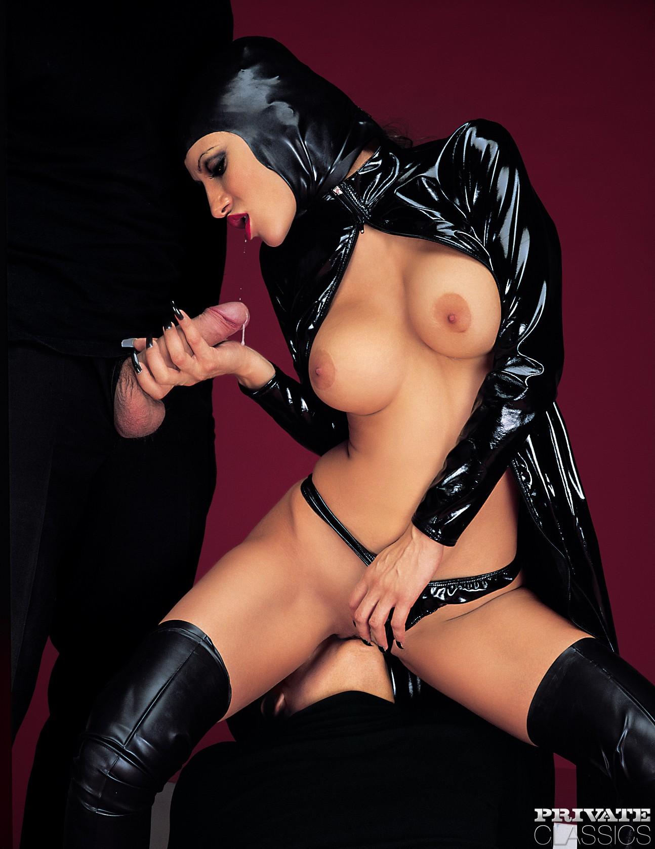 Celia White Hot Nude-5745