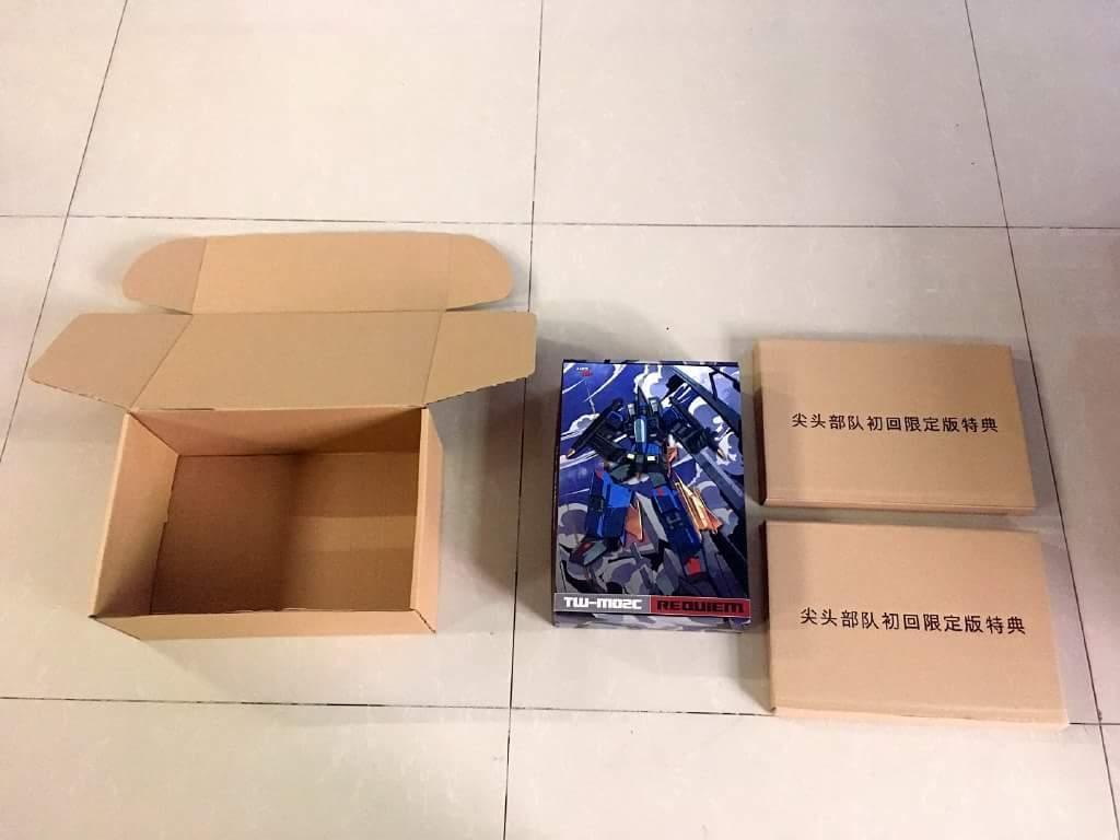[ToyWorld] Produit Tiers - TW-M02A Combustor (Ramjet/Statoréacto), TW-M02B Assault (Thrust/Fatalo), TW-M02C Requiem (Dirge/Funébro) - Page 2 K3xu2IVl