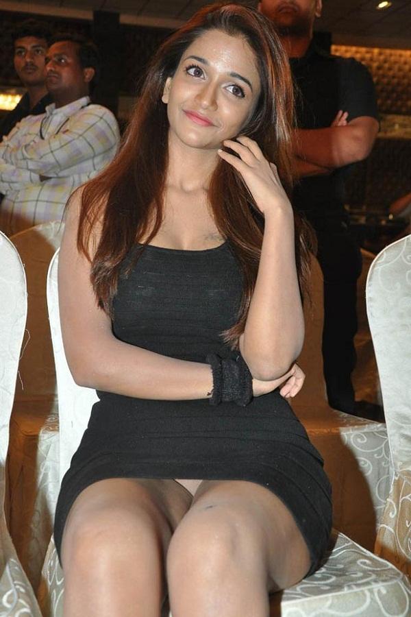 Anaika Soti Hot Desi Teen AdvSh8Lq