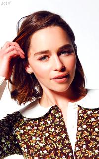 Emilia Clarke 8aNkDgNO