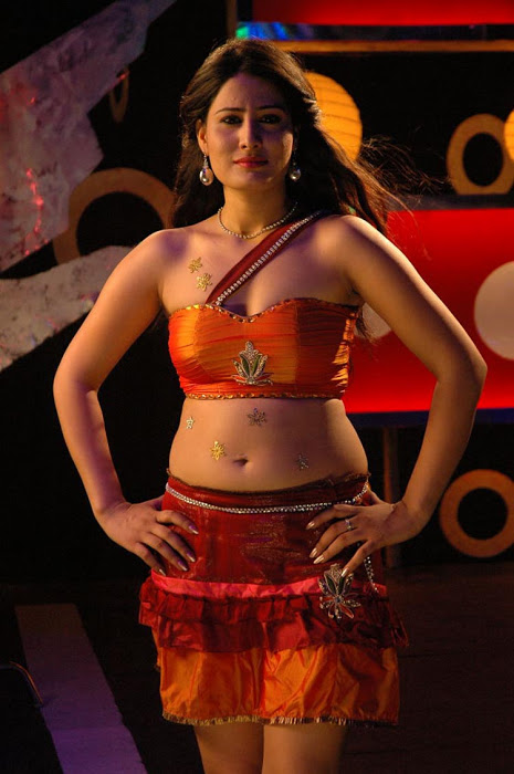 Ajju for Item Song Photo Gallery - Page 2 AdrN9ikP