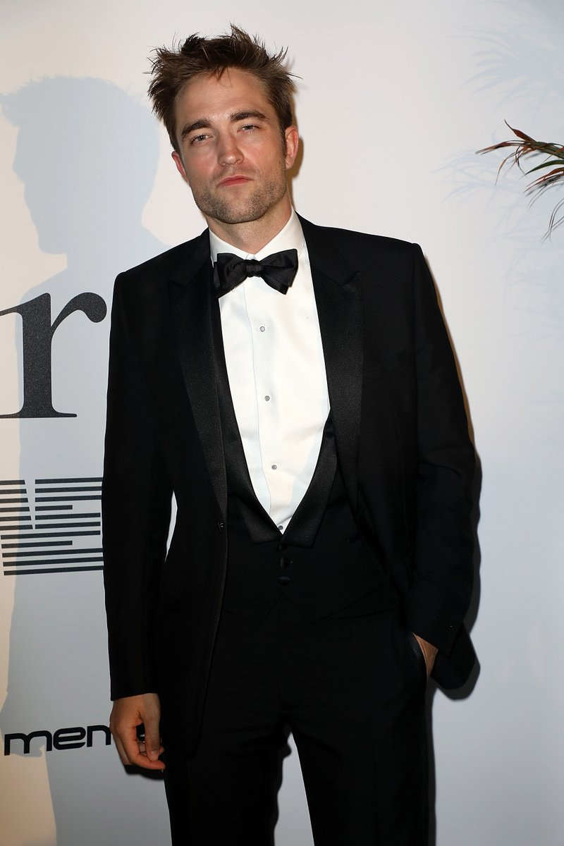 Image result for robert pattinson got standing ovation