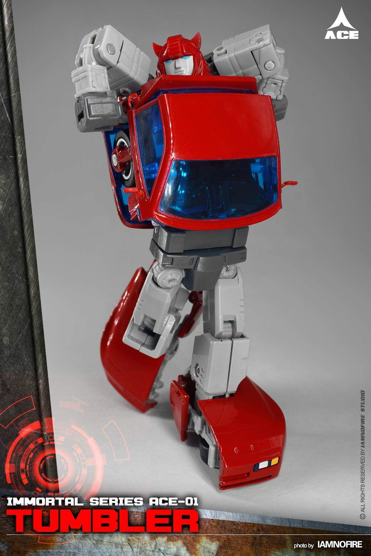 [ACE Collectables] Produit Tiers - Minibots MP - ACE-01 Tumbler (aka Cliffjumper/Matamore), ACE-02 Hiccups (aka Hubcap/Virevolto), ACE-03 Trident (aka Seaspray/Embruns) S2JnDztT