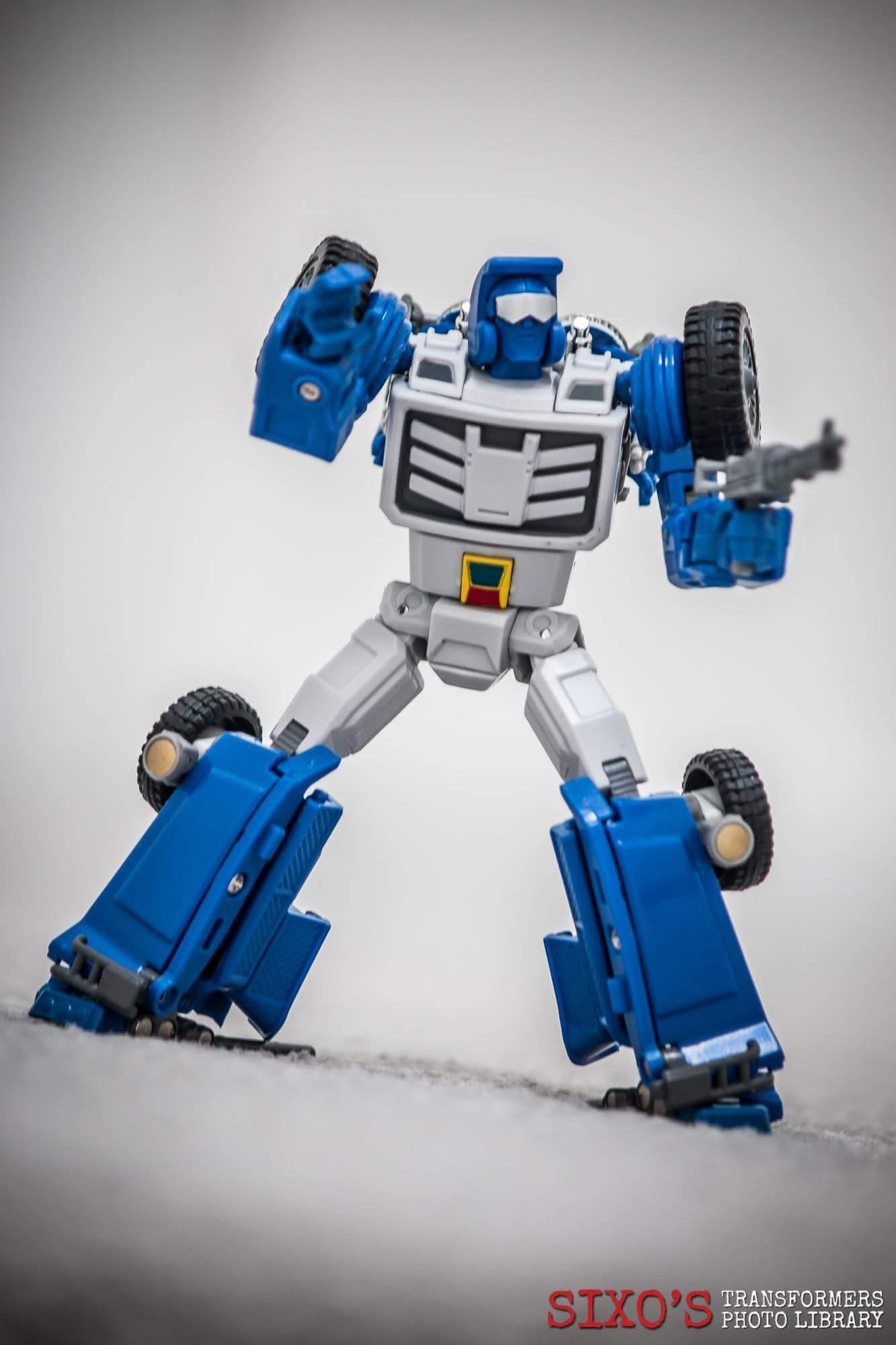 [X-Transbots] Produit Tiers - Minibots MP - Gamme MM - Page 6 M1Tv3dvm