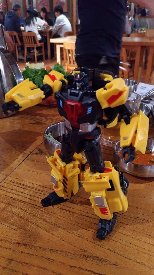 [TFC Toys] Produit Tiers - Jouet Trinity Force aka Road Caesar (Transformers Victory) - Page 2 7ZLWI37k