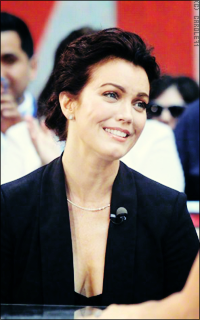 Bellamy Young 7mM96OMf