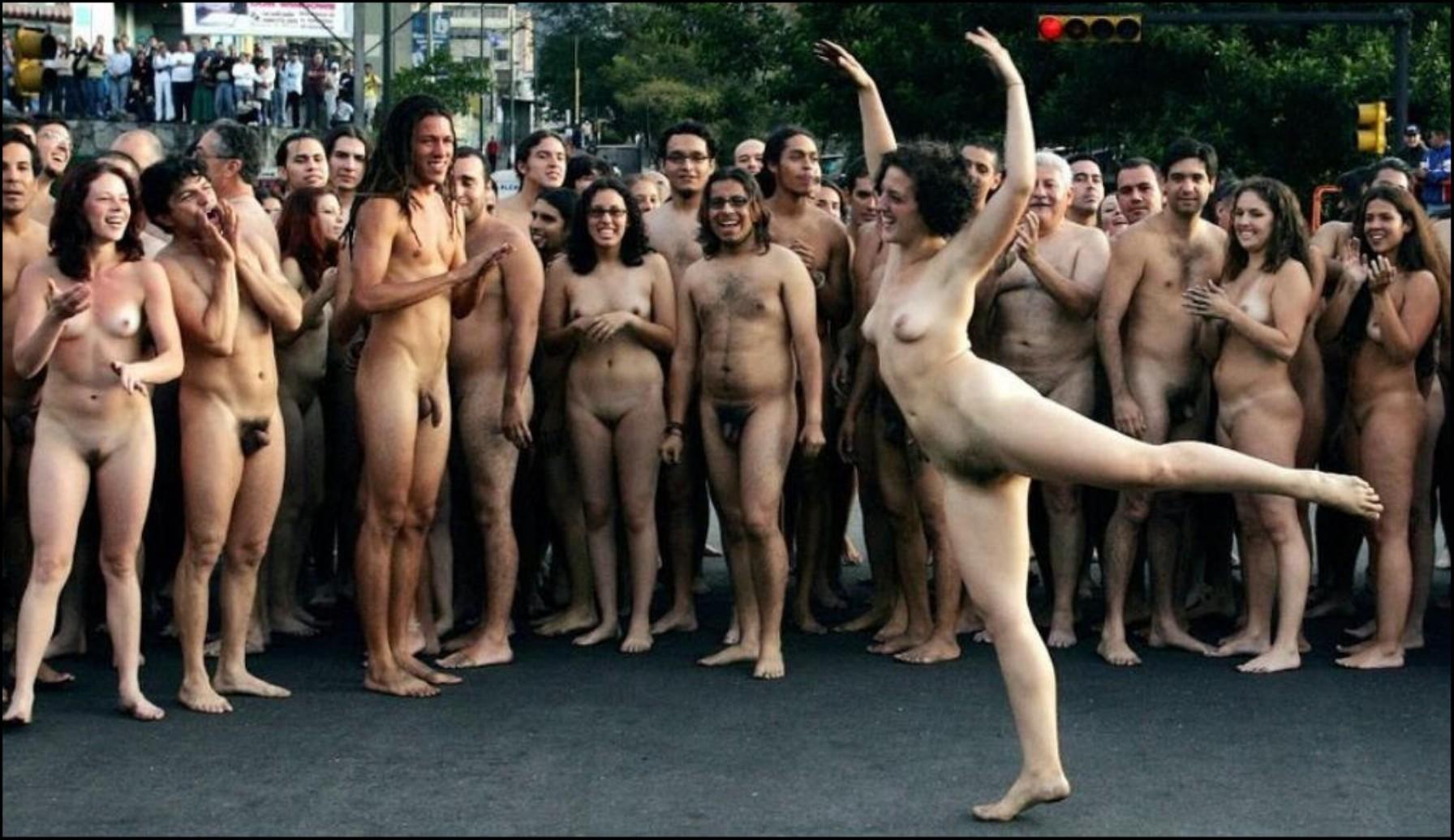 Съемки голых женщин 1 фотография