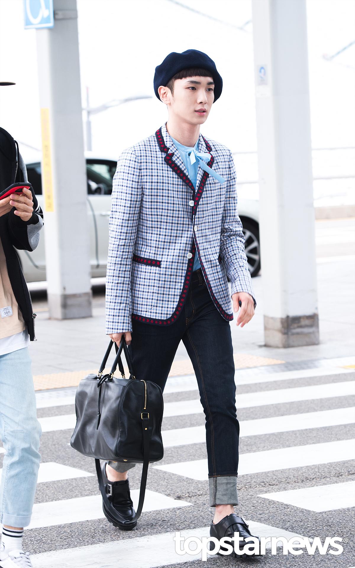 [IMG/160715] Jonghyun, Key @ Aeropuerto Incheon hacia Japón. Fui8yrqs
