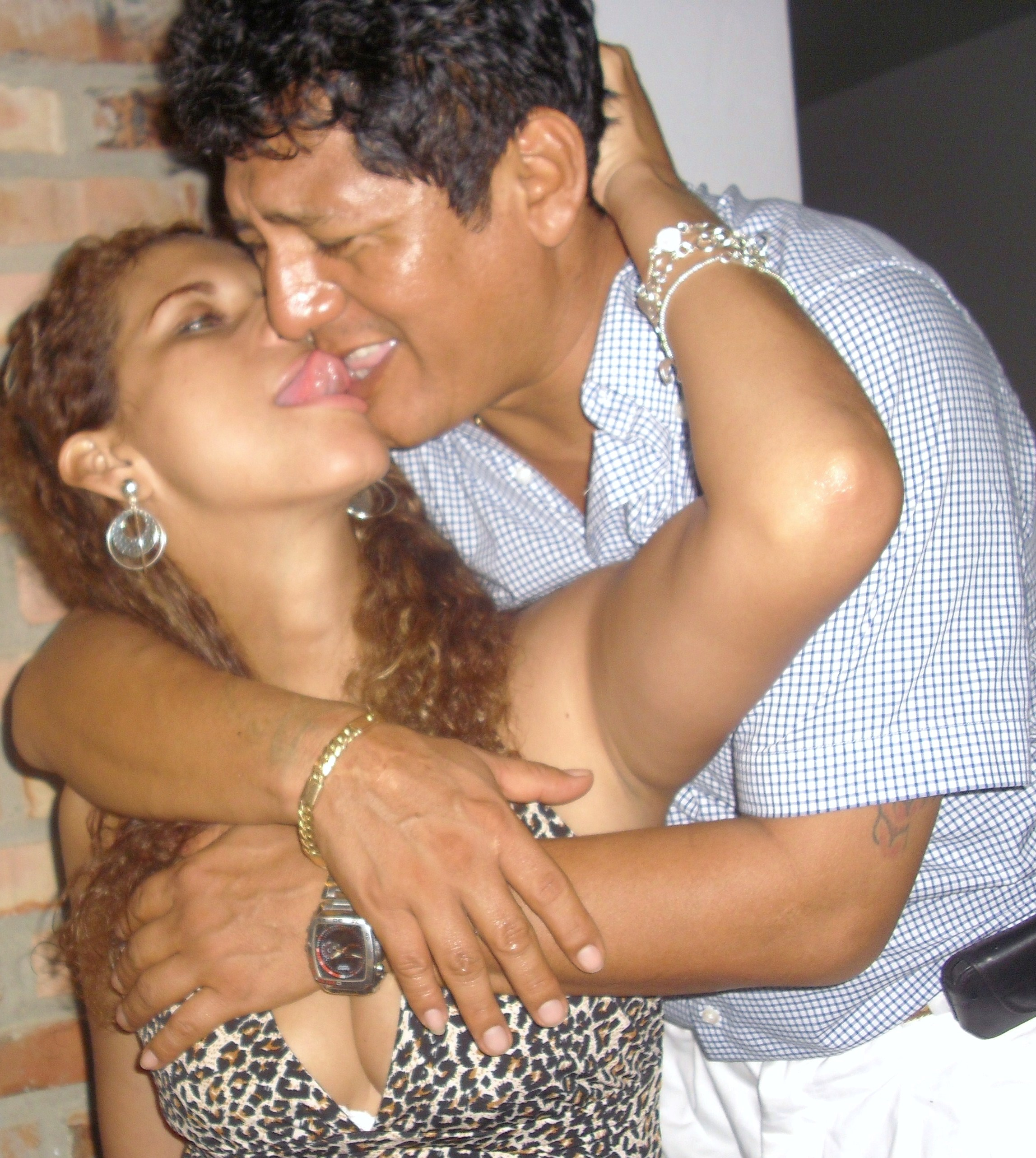 prostitutas grabadas con camara oculta prostibulos en republica dominicana