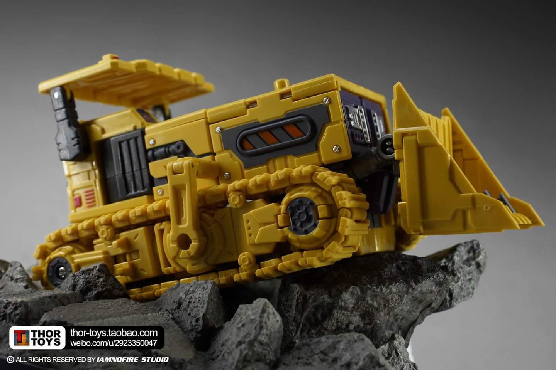 [Toyworld] Produit Tiers - Jouet TW-C Constructor aka Devastator/Dévastateur (Version vert G1 et jaune G2) - Page 8 EqCauH7J