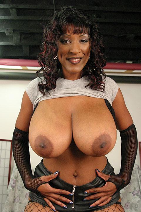 tetas blackwoman
