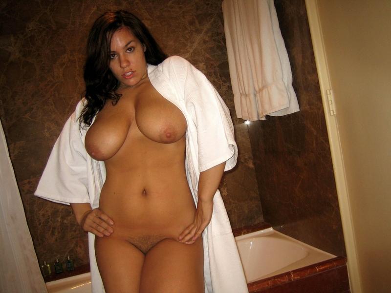 Amateur Big Tit Girls