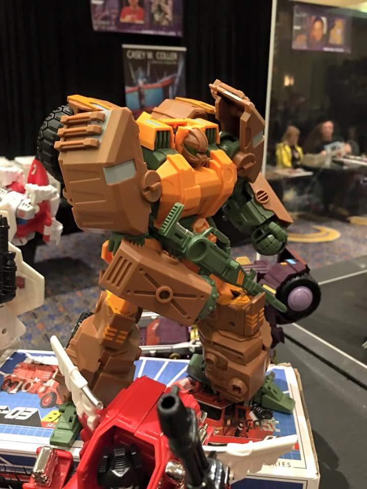 [Mastermind Creations] Produit Tiers - R-23 Dicamus - aka Roadbuster/Cahot des Wreckers IDW G2rTLFxh