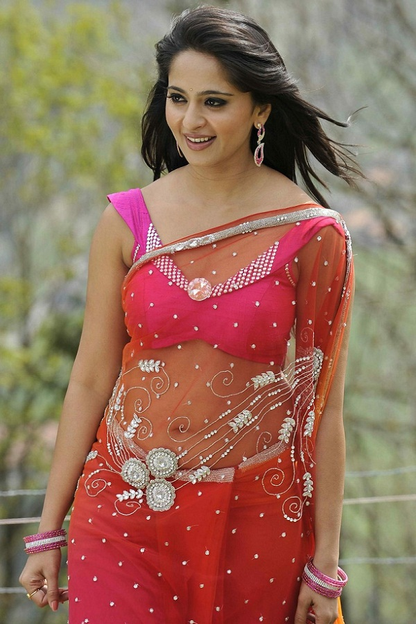 Anushka Shetty Hot in Saree#3 7 images Ade5IrcZ