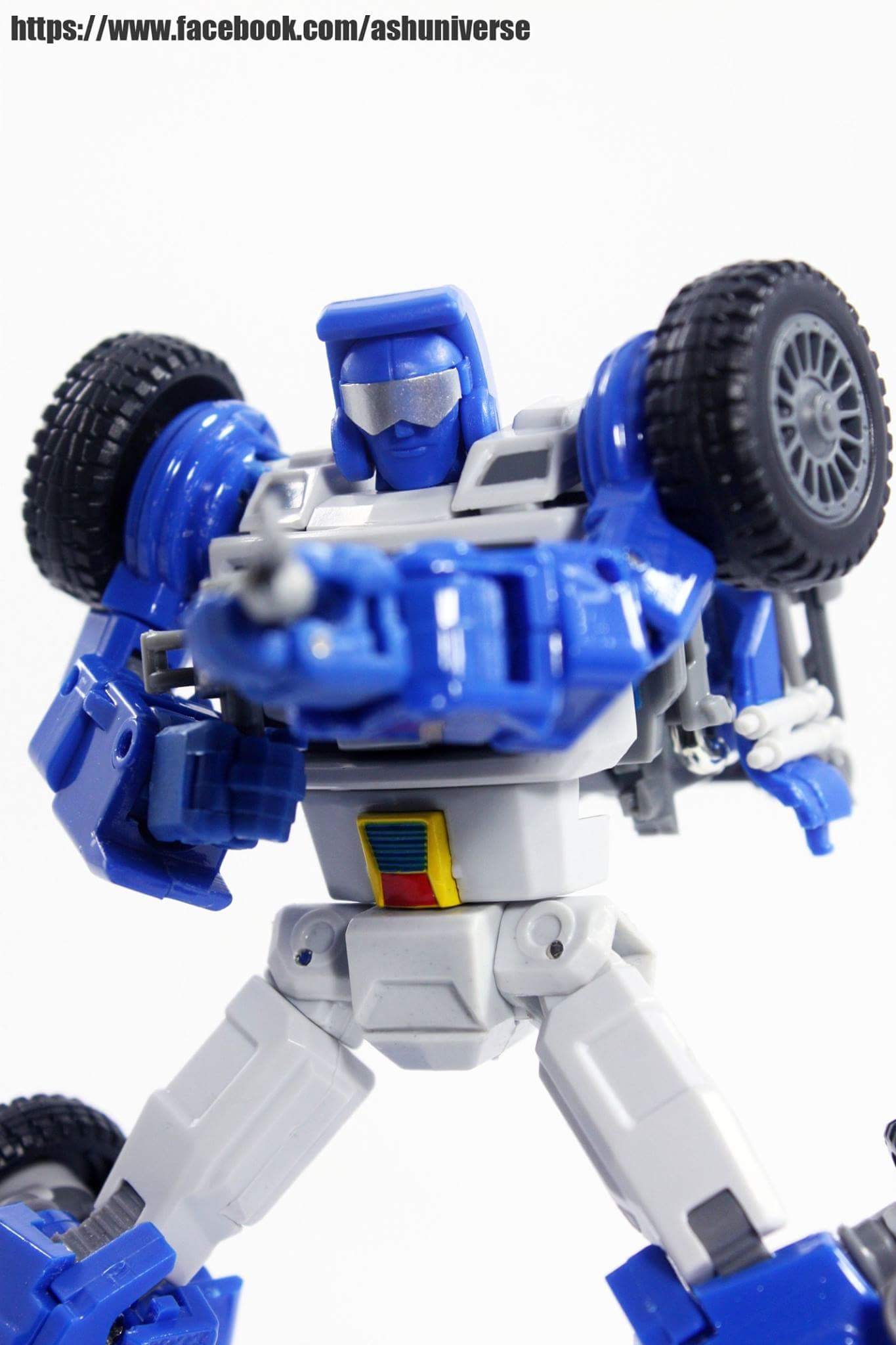 [X-Transbots] Produit Tiers - Minibots MP - Gamme MM - Page 6 Y5LNcYrN