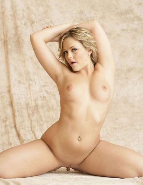 hot nude sonam kapoor