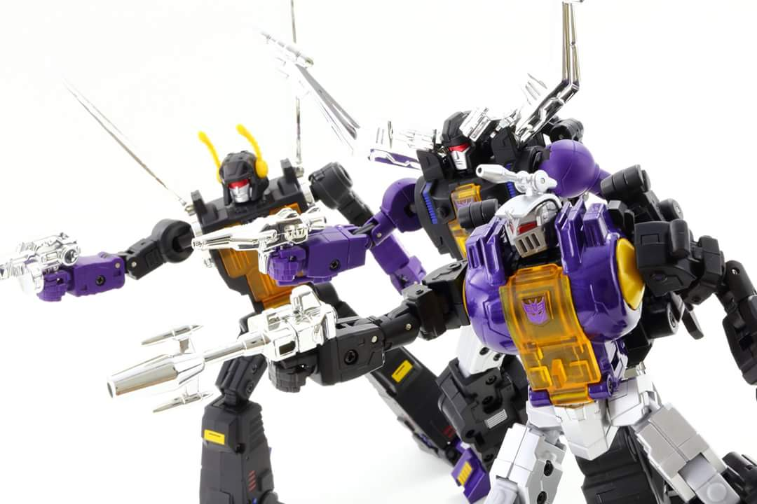 [Fanstoys] Produit Tiers - Jouet FT-12 Grenadier / FT-13 Mercenary / FT-14 Forager - aka Insecticons - Page 4 O4tpmafm