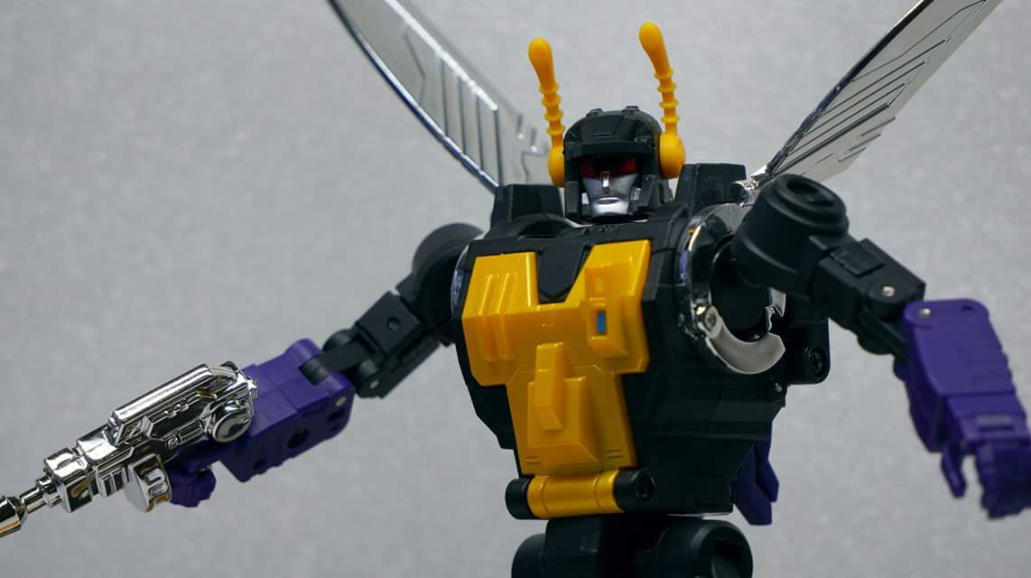 [Fanstoys] Produit Tiers - Jouet FT-12 Grenadier / FT-13 Mercenary / FT-14 Forager - aka Insecticons - Page 3 IV8exfOP
