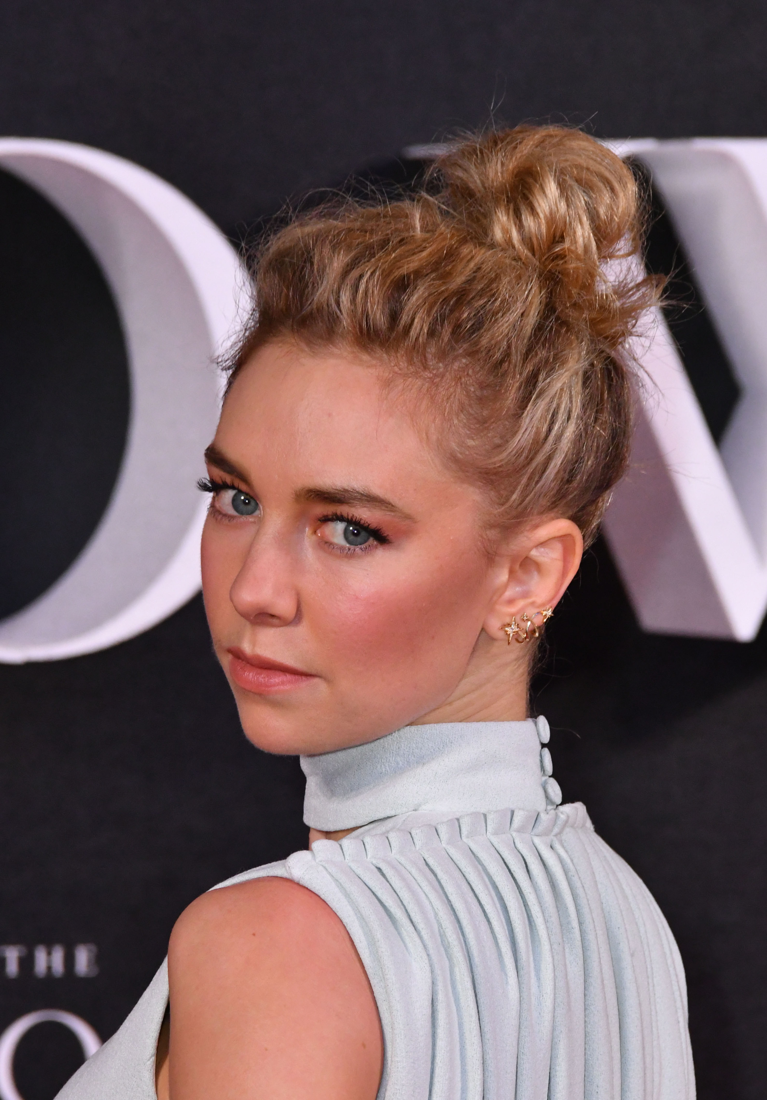 vanessa-kirby-premiere-the-crown-tv-series-london