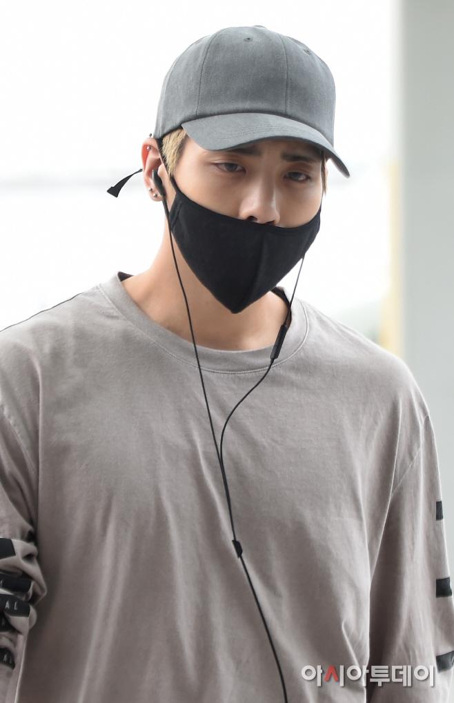 [IMG/160715] Jonghyun, Key @ Aeropuerto Incheon hacia Japón. CscumIDP