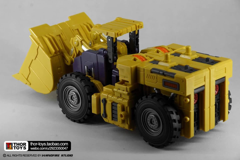 [Toyworld] Produit Tiers - Jouet TW-C Constructor aka Devastator/Dévastateur (Version vert G1 et jaune G2) - Page 8 YWNehuGN