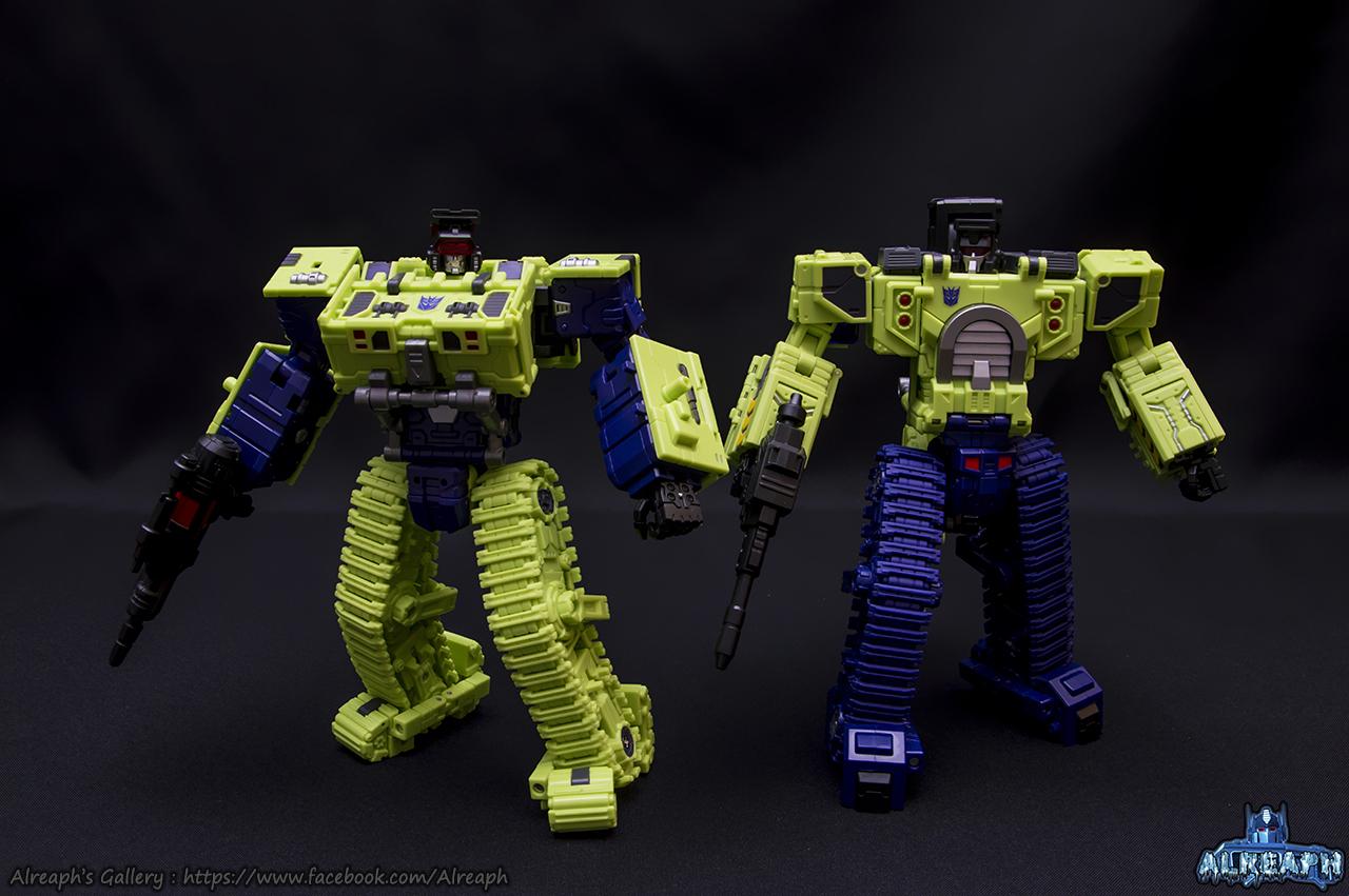[Toyworld] Produit Tiers - Jouet TW-C Constructor aka Devastator/Dévastateur (Version vert G1 et jaune G2) - Page 7 ZhPTEixL