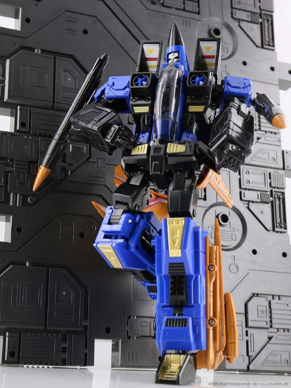 [ToyWorld] Produit Tiers - TW-M02A Combustor (Ramjet/Statoréacto), TW-M02B Assault (Thrust/Fatalo), TW-M02C Requiem (Dirge/Funébro) - Page 2 BZqdaXLX