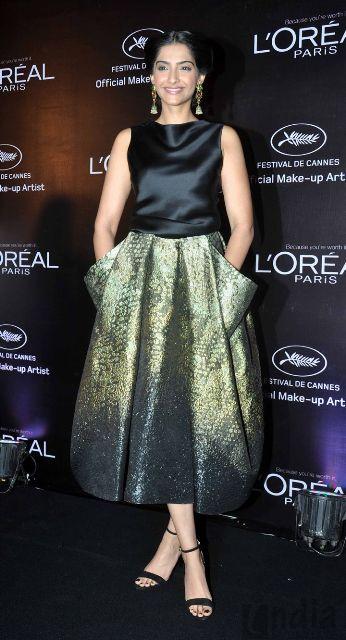 Sonam Kapoor Launch L'Oreal Paris Sunset Cannes Collection AchgTj67