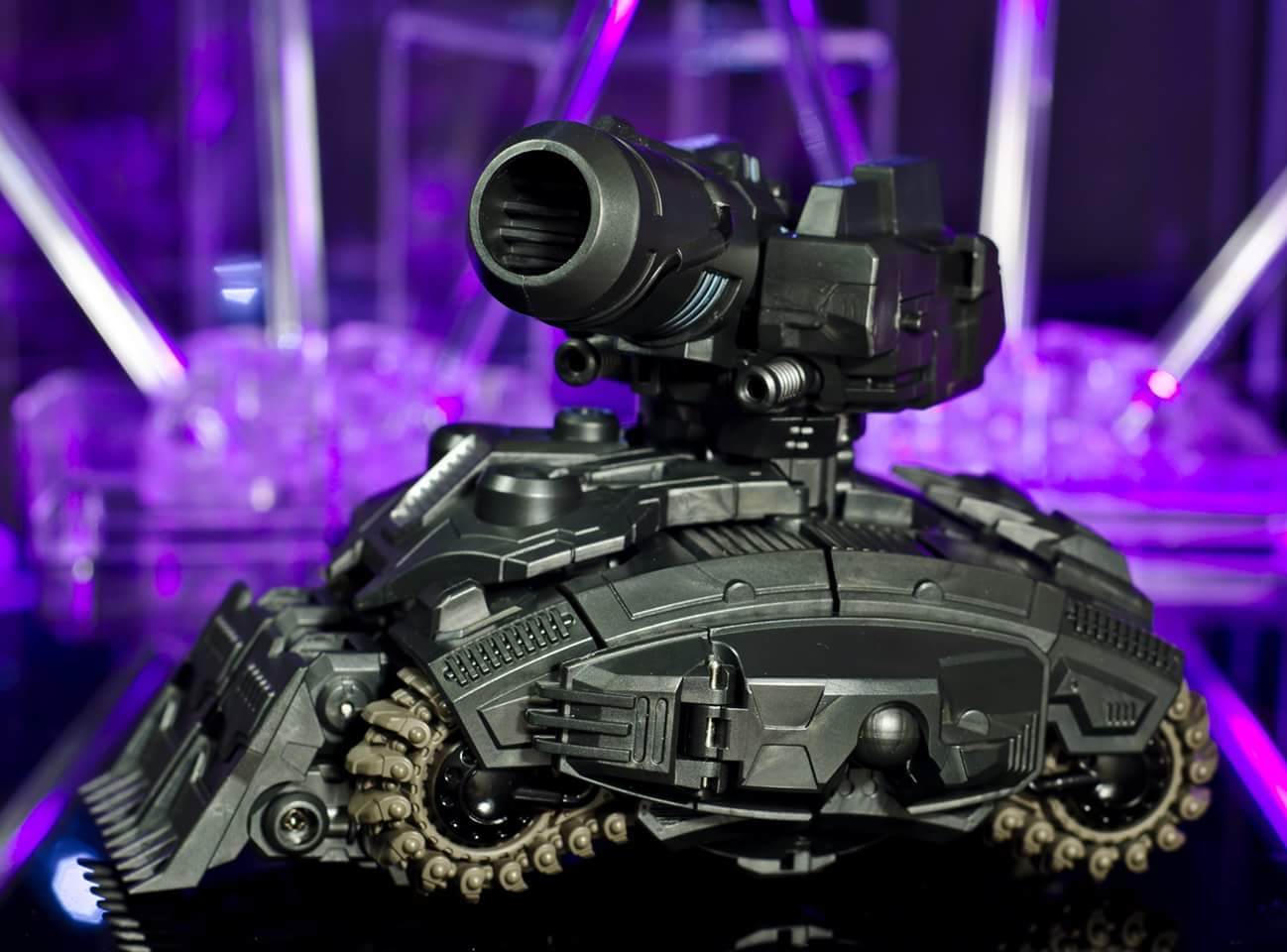 [Mastermind Creations] Produit Tiers - Reformatted R-13 Spartan (aka Impactor) des Wreckers + R-14 Commotus (aka Turmoil) - IDW LyoNf93L