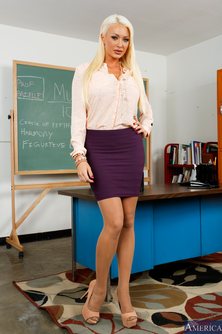 hot nude blonde teacher