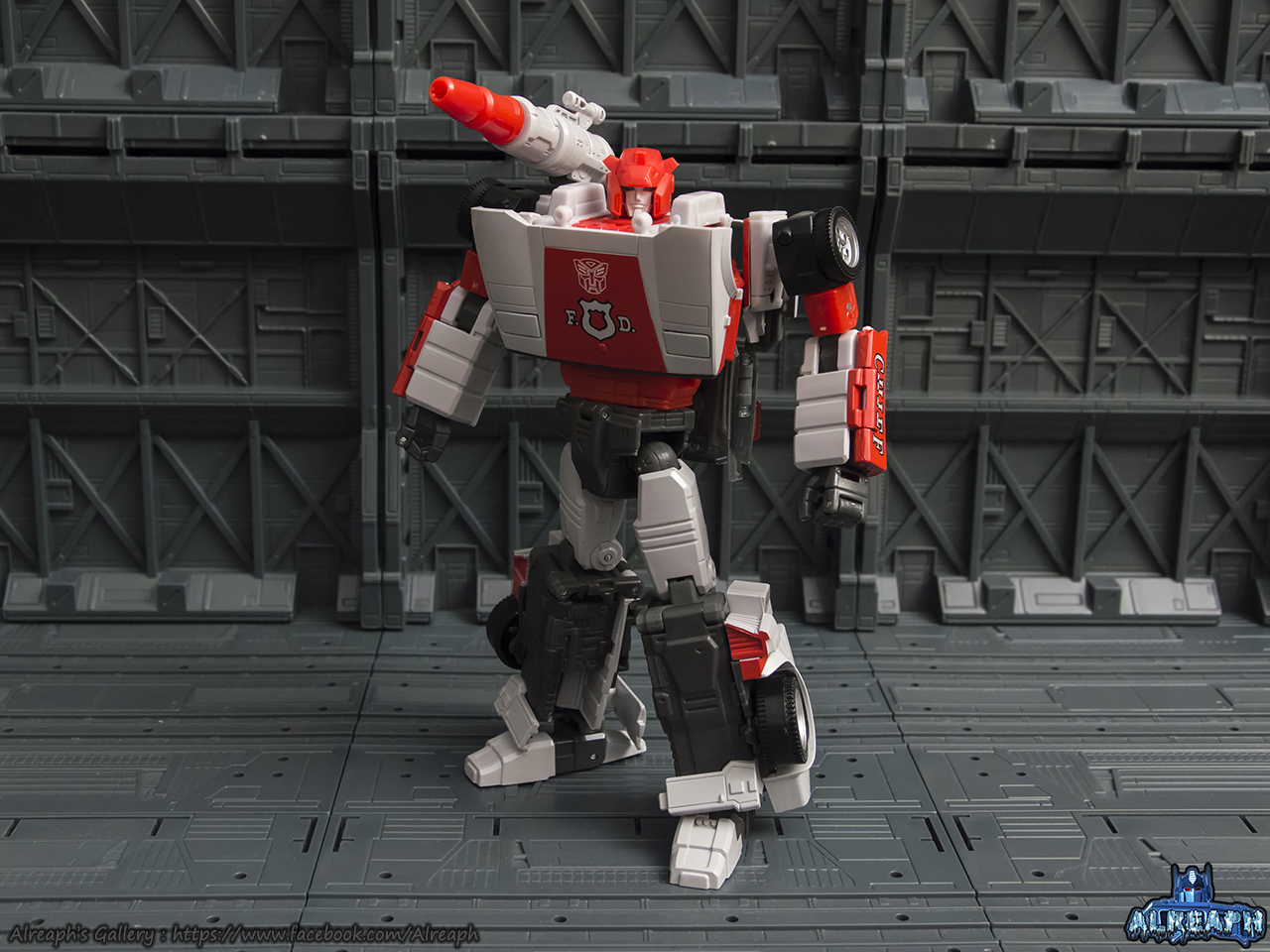 [Masterpiece] MP-14 Red Alert/Feu d'Alerte - Page 2 2k6Kbgy4