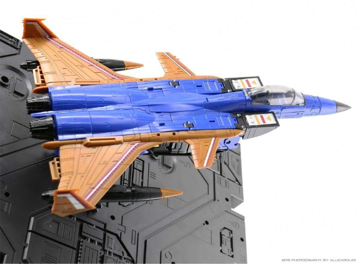 [ToyWorld] Produit Tiers - TW-M02A Combustor (Ramjet/Statoréacto), TW-M02B Assault (Thrust/Fatalo), TW-M02C Requiem (Dirge/Funébro) - Page 2 3GKTHRuK