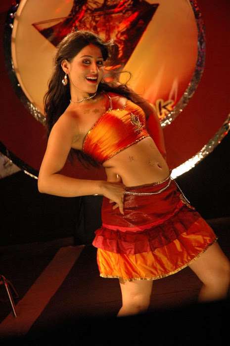 Ajju for Item Song Photo Gallery AdrjigyA