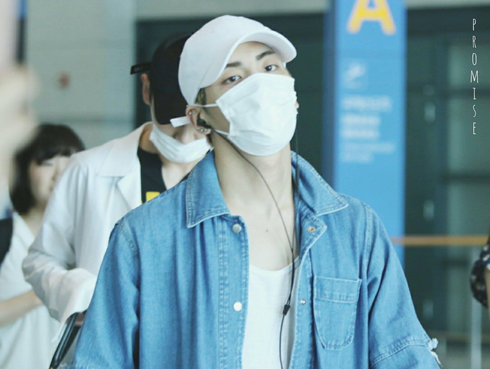 [IMG/160718] Onew, Jonghyun, Key, Minho @Aeropuerto de Kansai e Incheon (Jap-Cor) G5JnUjhZ