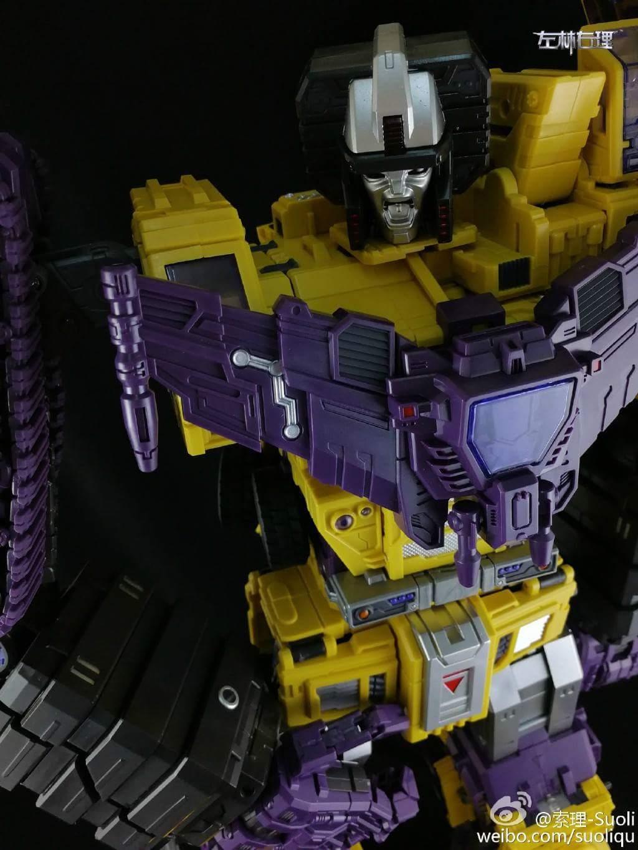 [Toyworld] Produit Tiers - Jouet TW-C Constructor aka Devastator/Dévastateur (Version vert G1 et jaune G2) - Page 8 EcN4juP4