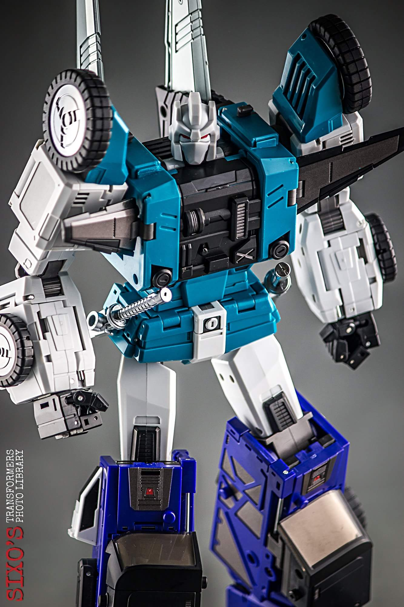 [DX9 Toys] Produit Tiers - Jouet D10 Hanzo - aka Sixshot/Hexabot - Page 2 2suhIoga